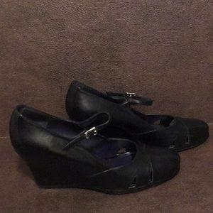 Donald J Pliner 3 inches wedge heels